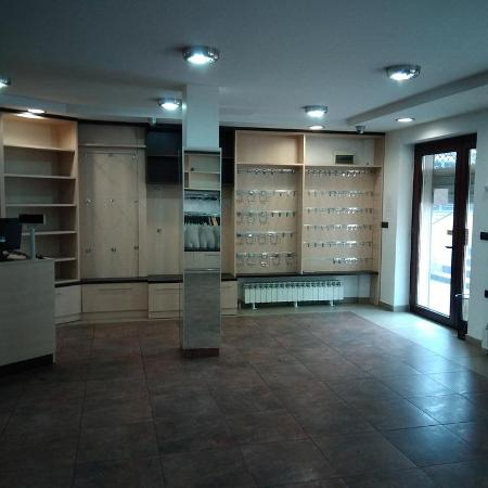 Poslovni prostor , Vozdovac , Beograd (grad) , Prodaja | Vozdovac Lekino Brdo 64M2 125000E