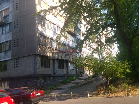 Novi Beograd Blok 2 61m2 77900e
