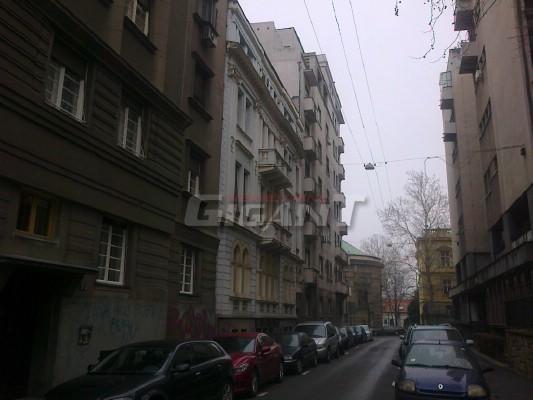 Stari Grad TopliČin Venac 190m2 525000e
