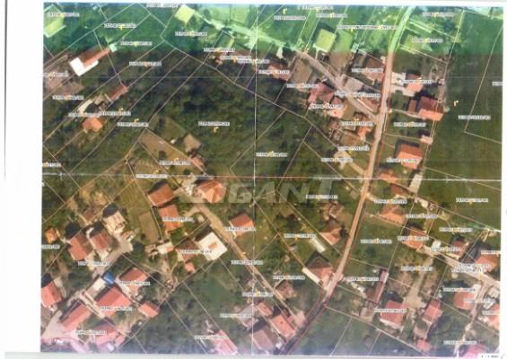 Rakovica Resnik 1300m2 13500e