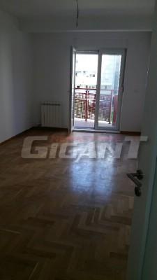 Novi Beograd Ii Mz 75m2 95000e