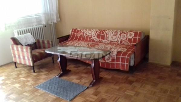 Novi Beograd Blok 61 77m2 75000e