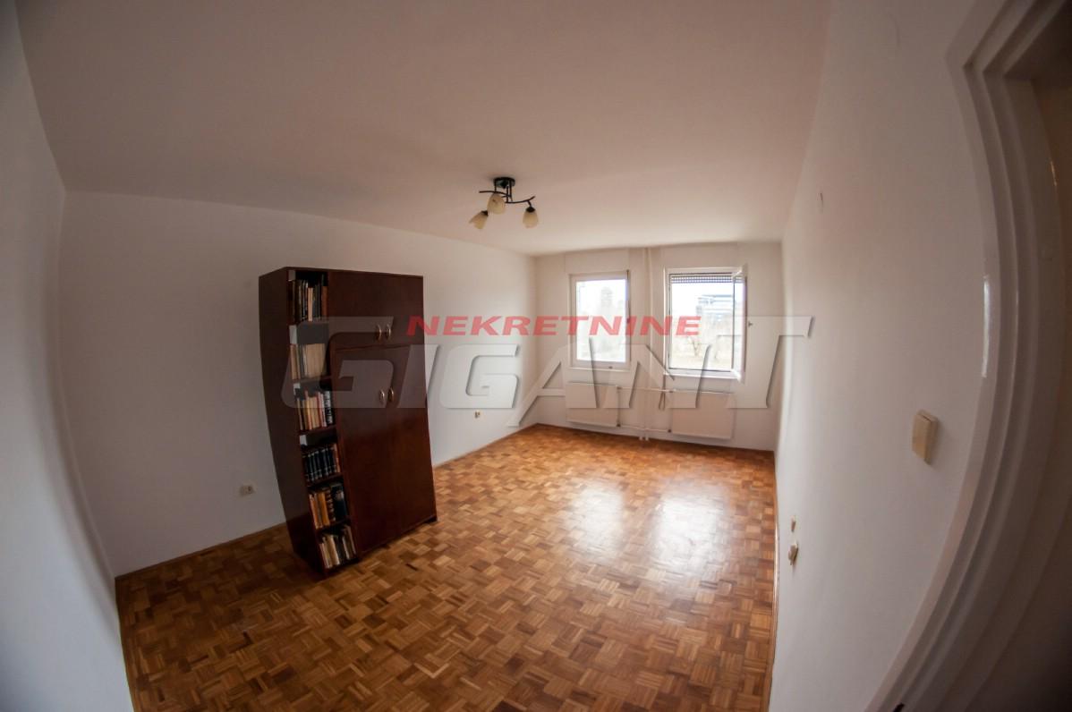 Novi Beograd Blok 25 37m2 87000e