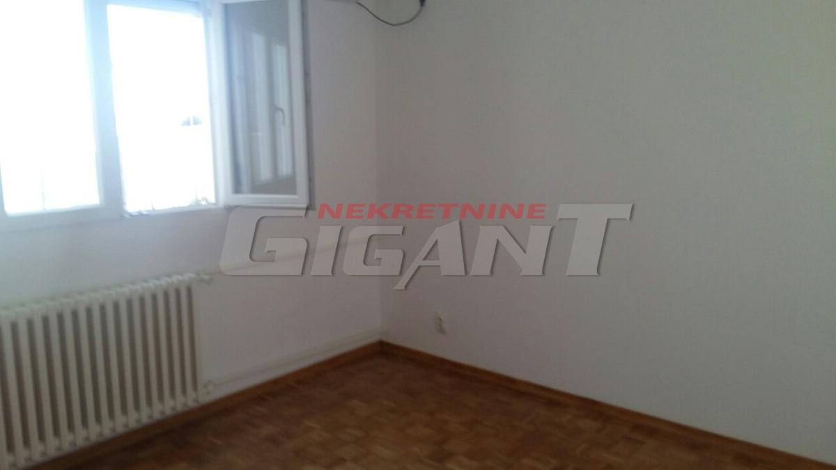 Novi Beograd Blok 28 27m2 55000e