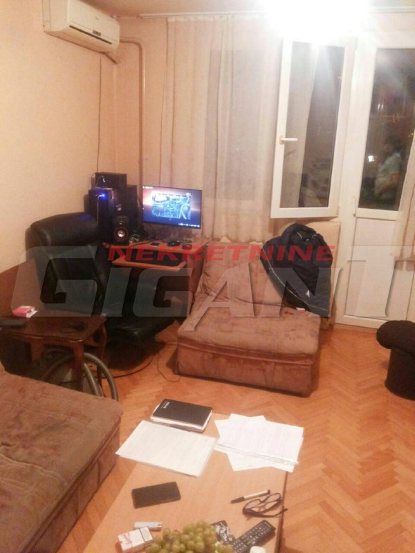 Novi Beograd Blok 5 21m2 38000e