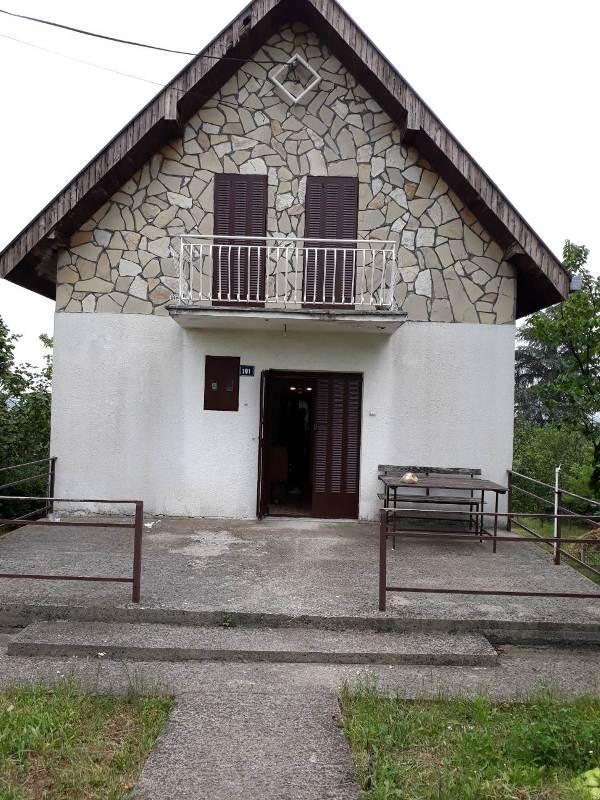 Barajevo Bacevac 140m2 5 T 40000e