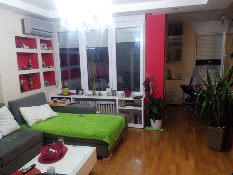 Novi Beograd Blok 63 56m2 86000e