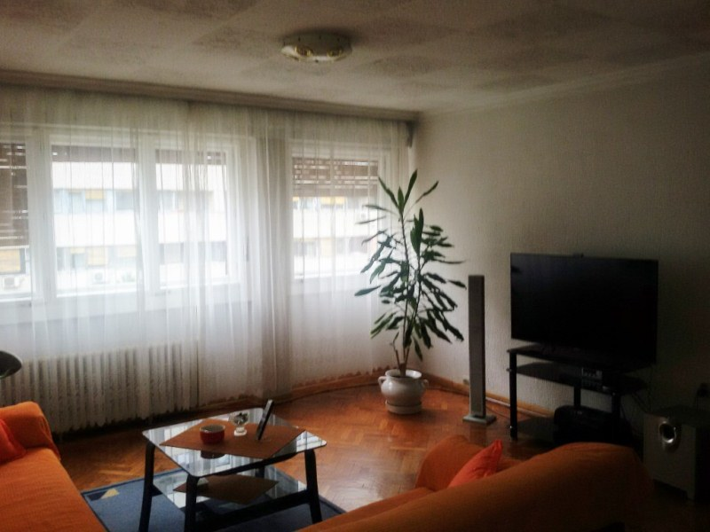 Stan , Novi Beograd | Novi Beograd Blok 37 69m2 95000e