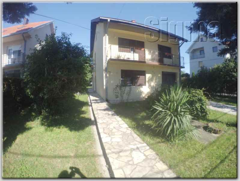 Kuća , Cukarica , Beograd (grad) , Prodaja | Kuca Cukarica Sremčica 200M2 95000E