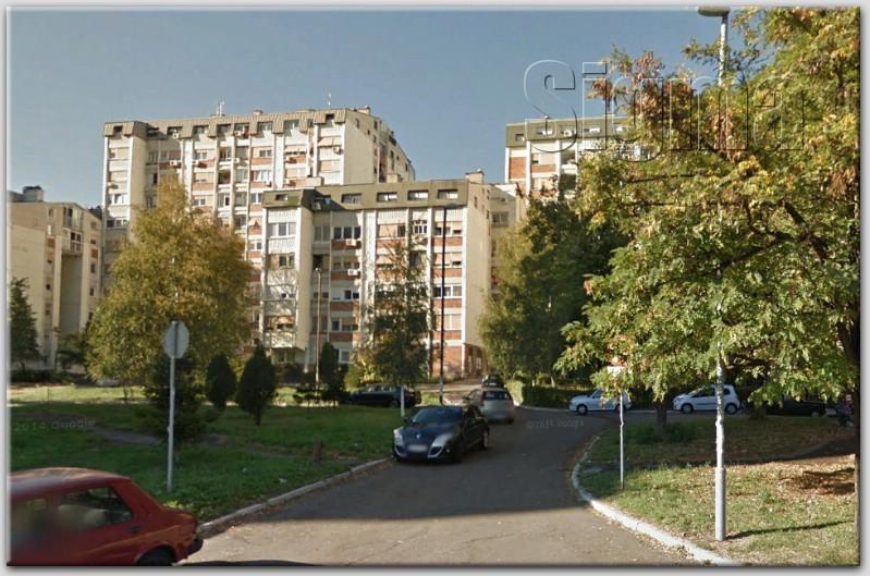 Stan Rakovica Skojevsko Naselje 83m2 83000e