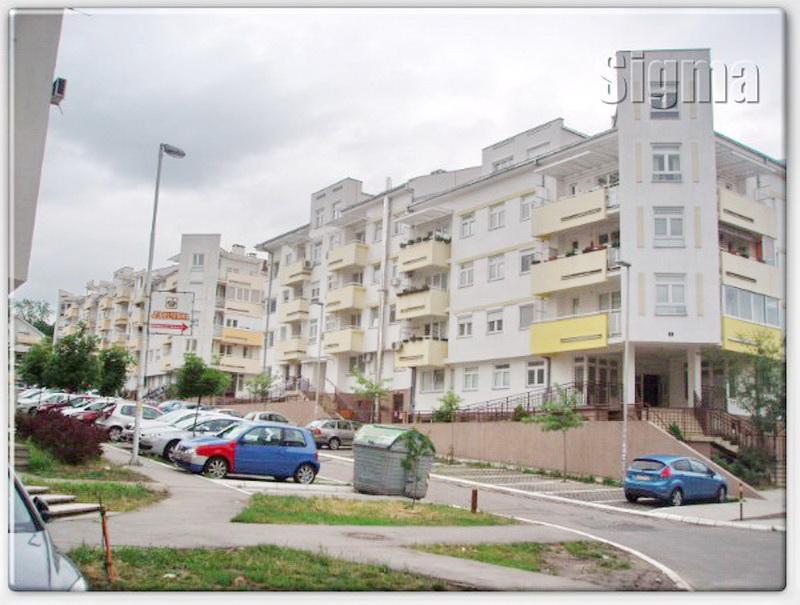 Stan Cukarica Filmski Grad 32m2 33000e