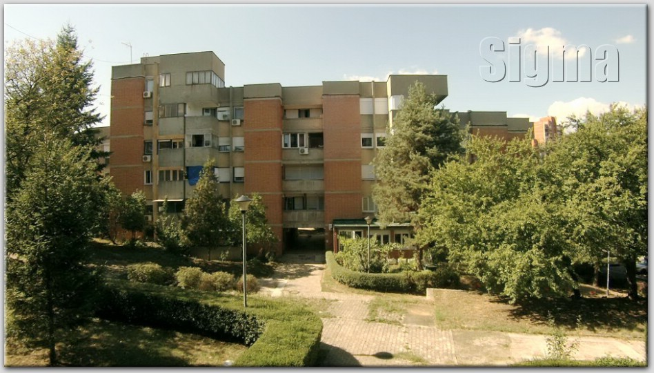 Stan , Rakovica | Stan Prazan Uknji en 1 sprat rakovica Labudovo Brdo 59m2 50000e