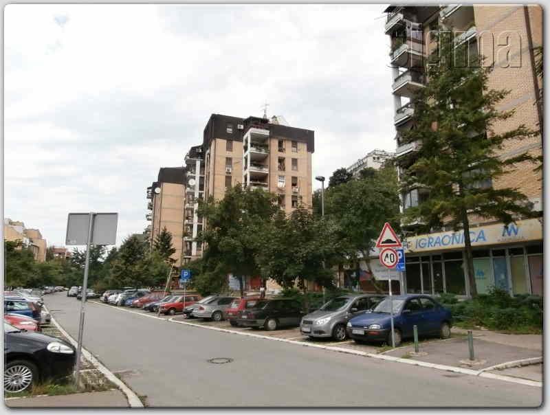 Stan Cukarica ČukariČka Padina 65m2 65000e