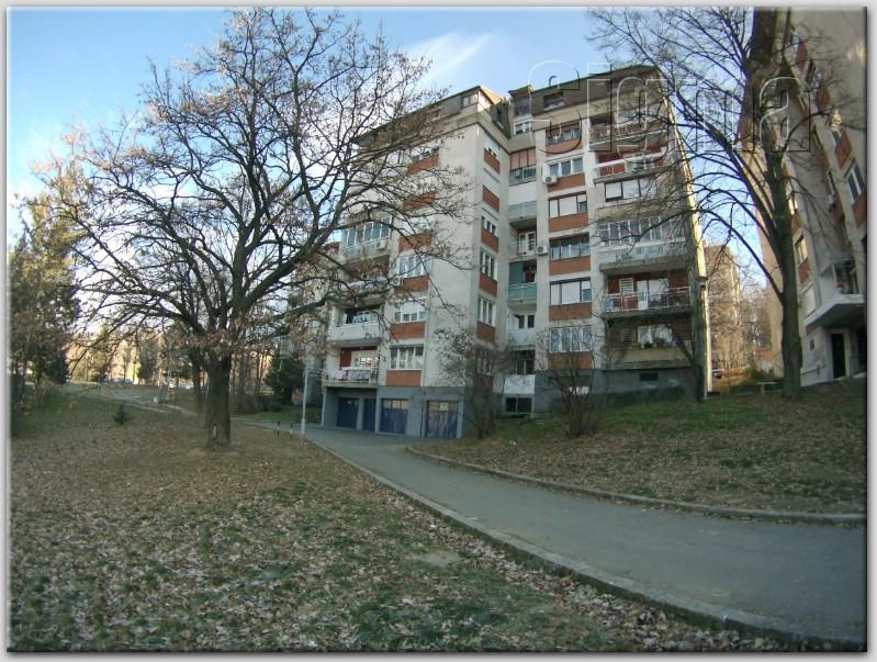 Stan Uknjižen rakovica Miljakovac 39m2 33000e