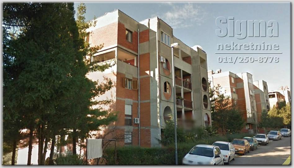 Stan , Rakovica , Beograd (grad) , Prodaja | Stan Uknjižen Rakovica Petlovo Brdo 84M2 68000E